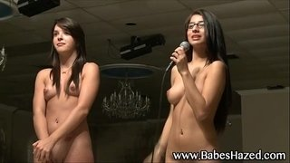 Hot-college-teens-get-naked