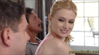 pervertfamily-horny-sister-sucks-brother-next-to-dad