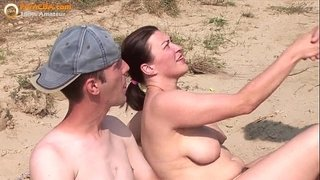 Real-amateur-threesome-on-the-beach