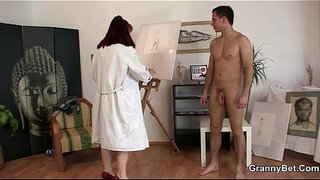 Pretty-lady-likes-painting-and-his-cock