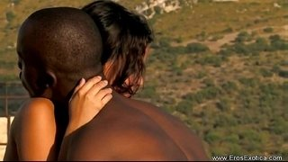 Ebony-Adventures-In-Outdoor-Love