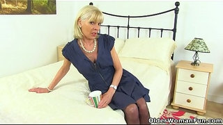 UK-gilf-Elaine-pleasures-her-60-year-old-clit-with-a-sex-toy