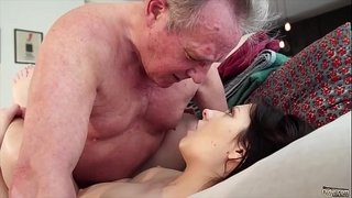 Old-man-Warming-up-my-young-pussy-and-cums-in-my-mouth-I-swallow-it