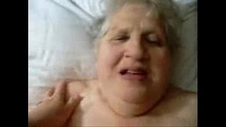 Great-stolen-video-of-my-fat-mom-having-fun.