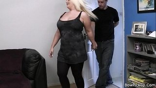 He-bangs-lovely-blonde-bbw-at-first-date