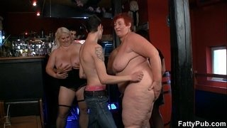 Fat-group-party-with-three-bbw