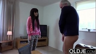 19-yo-helps-grandpa-gave-orgasm-by-fucking-him-and-swallowing-his-cumshot