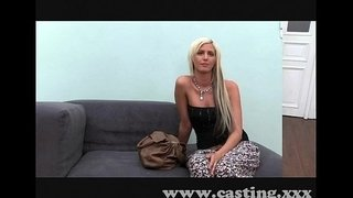 Casting-Beautiful-blonde-babe