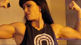 Melanie---Flexing-Out-Her-Anger---Muscle-Girls-Flexing---Female-Muscle-Girls---GirlsFlexing.com