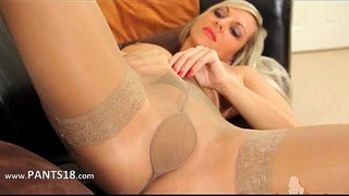These-pantyhose-on-incredible-blonde