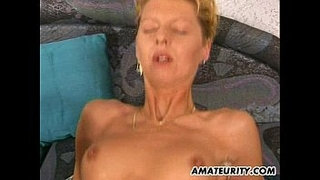 2-amateur-Milf-share-one-big-cock-with-cumshot