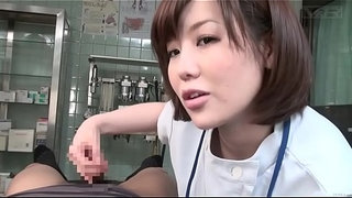 Subtitled-CFNM-Japanese-female-doctor-gives-patient-handjob
