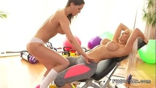 Lesbian-rimming-sex-at-the-gym