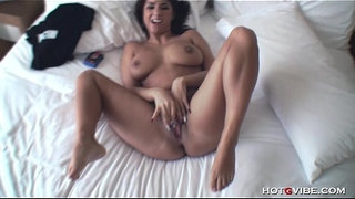 Teen-Tits-Close-Up-Orgasm-with-Boyfriend-Filming