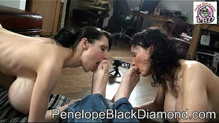 Penelope-Black-Diamond---Sklavin-Michaela-Footlicking--Preview